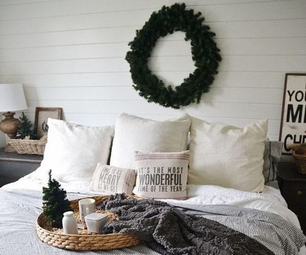 Пуснете Коледа в спалнята