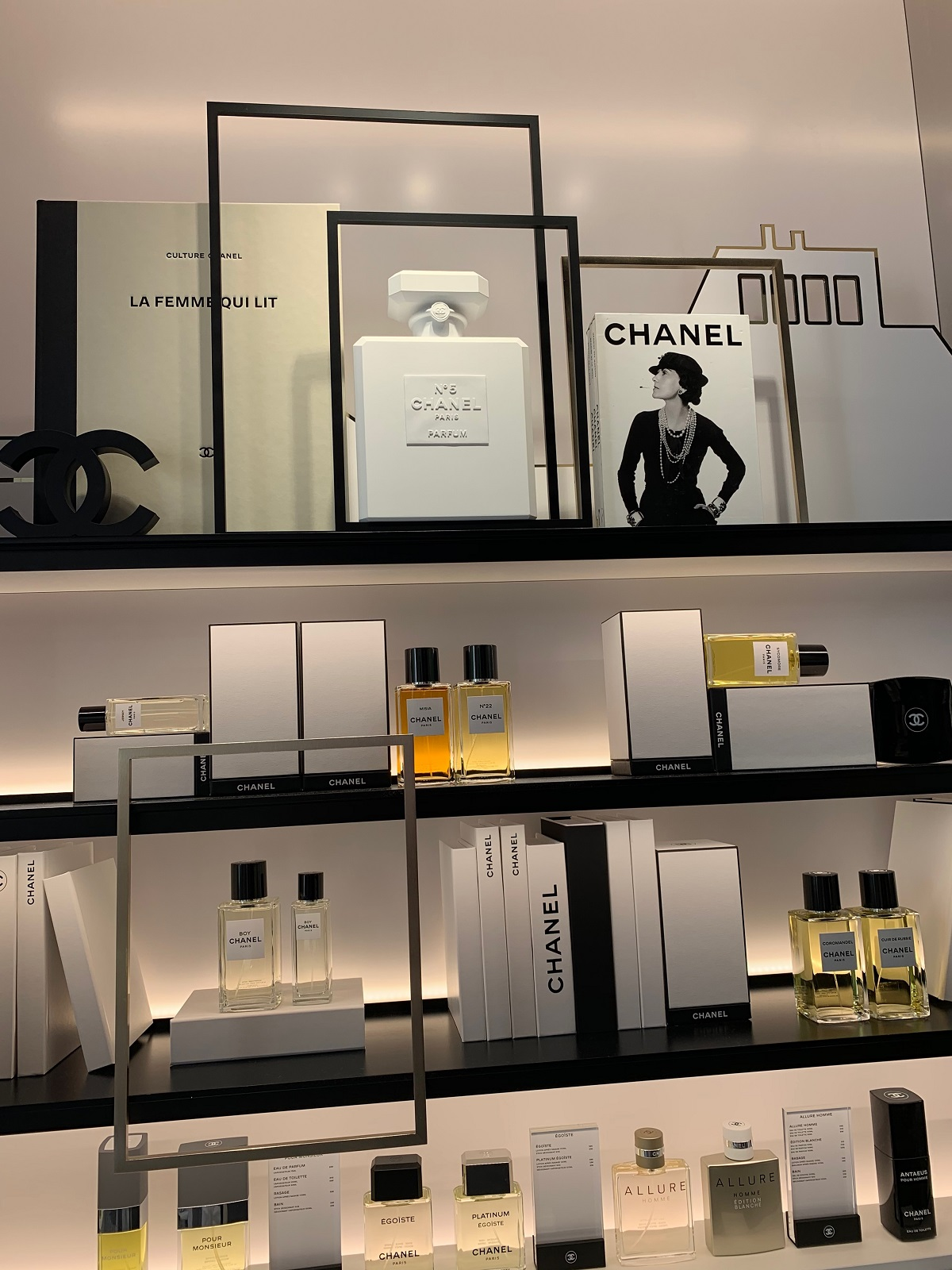 21_Chanel boutique (5)