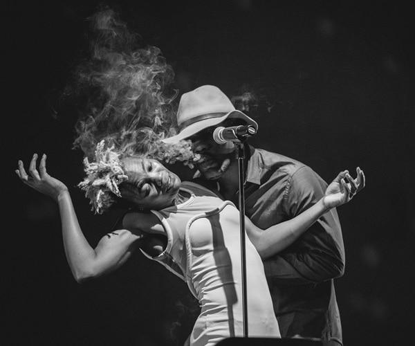 Цветен афробийт на One Dance Week от легендата Фела Кути