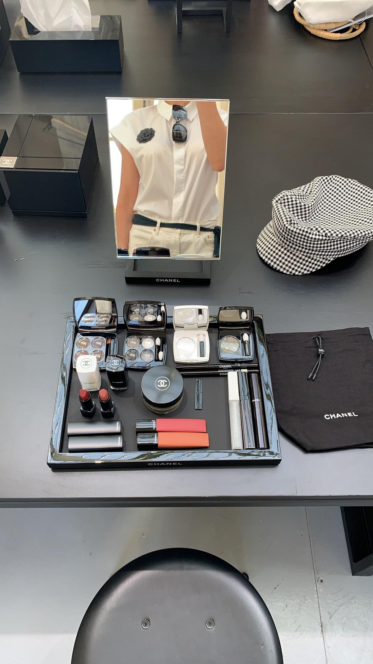 18_Chanel makeup class 1